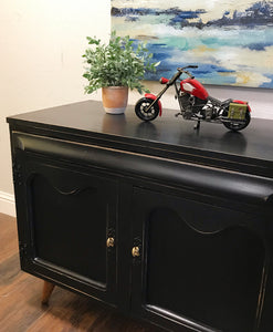 (SOLD) Simply Beautiful Pottery Barn inspired Mid-Century Modern Entryway Storage Media Sideboard Buffet in Excellent Condition!!!
