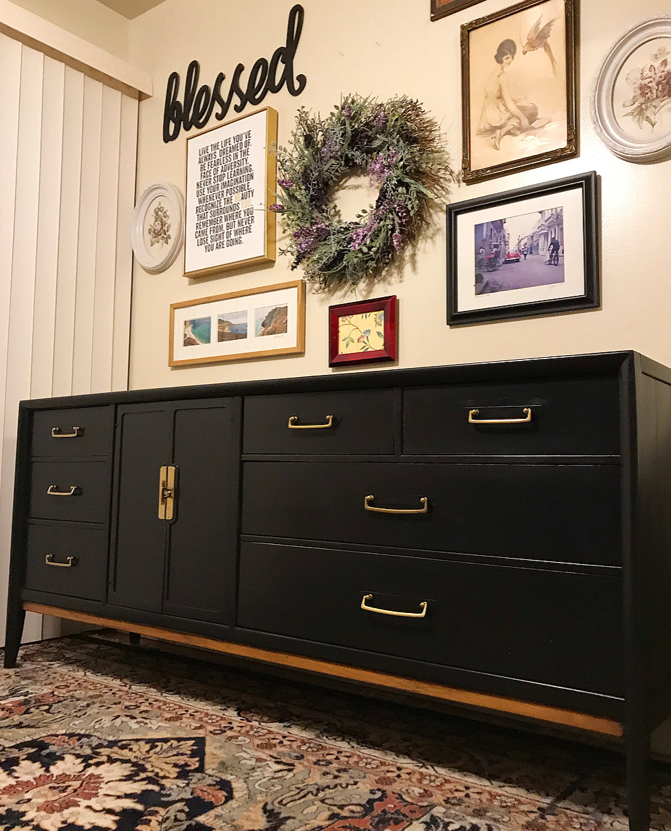 (SOLD) Gorgeous High-End Drexel Mid-Century Modern Dresser/Media/Entryway/Console/Buffet in Superb Condition!!