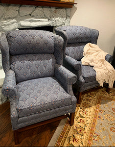 (SOLD) Beautiful High-End Lazy Boy Accent Chairs in Superb Condition!! Perfect BEAUTIES!! Comfy, Solid and Well Kept.