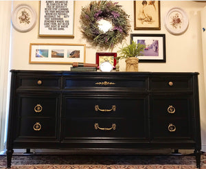 (SOLD) Stunning Vintage High-End Sherrill Furniture Co. Buffet/Dresser/Media/Entryway with Gorgeous Hardware and Excellent Condition. Perfect BEAUTY!!
