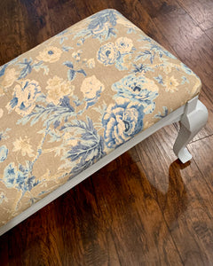 (SOLD) Gorgeous NEWLY UPHOLSTERED FRENCH COUNTRY MODERN Bed-End Bench-Coffee-Book Table/Entryway Chair in Powder Blue and French Floral Fabric!!