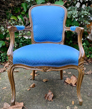 Load image into Gallery viewer, (SOLD) Gorgeous Vintage French Louis XV Style Chair with Beautiful Details and Excellent Condition!!! Perfect French BEAUTY any spot in your Nest!!