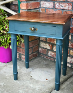 (SOLD) Gorgeous Vintage Nightstand/Side/End Tables in Excellent Condition!! 20W 25H 14D