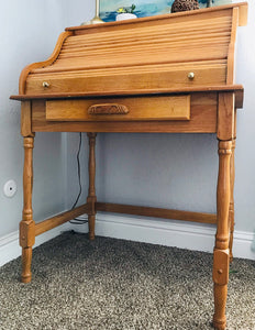 (SOLD) Gorgeous Vintage Wood Roll Top Secretary Desk in Excellent Condition. Beautifully Constructed and Heavy Duty Solid Wood!!!