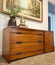 Load image into Gallery viewer, (SOLD) Simply Beautiful High-End Mid Century Modern Hooker Media/Dresser/Lowboy/Console/Entryway/Console in Great Condition. Perfect Versatile MCM for Minimalist and Wood Lover!!