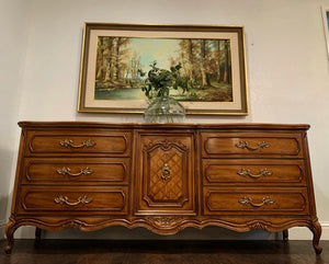 (SOLD) Stunner  Modern French Louis XV Style 4PC Bedroom Set in Superb Condition. Perfect Versatile Bargain BEAUTIES indeed!!