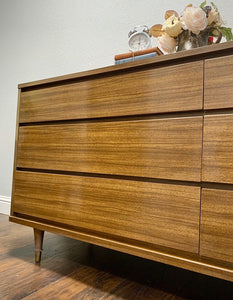 (SOLD) Gorgeous High-End Rway Mid-Century Modern Versatile Dresser/Media/Entryway/Buffet/Credenza in Excellent Condition!!