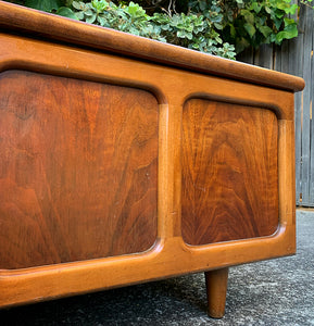 (SOLD) Simply Beautiful Mid Century Modern Walnut Danish Chest/Bed-End/Coffee Table/Entryway Bench in Superb Condition!!