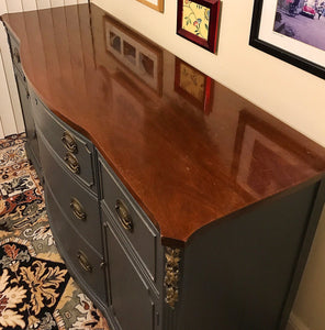 (SOLD) GORGEOUS Vintage Duncan Phyfe inspired Buffet/Entryway/Dresser/Media with Beautiful Details and Hardware!! 63X36X21