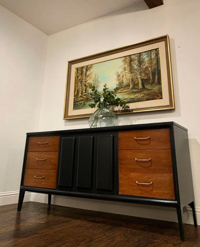 (SOLD) Gorgeous High-End Broyhill Danish Modern Mid Century Dresser/Media/Ebtryway/Buffet/Credenza with Beautiful Design and Original Hardware. They are Perfect Must-Have BEAUTY!!