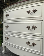 Load image into Gallery viewer, (SOLD) Gorgeous Vintage High-End Dixie French Country 3Drawer End-Side Table/Dresser/Entryway/Chest with Beautiful Details and Hardware!!