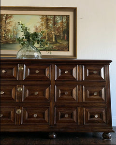 (SOLD) Gorgeous High-End Vintage HENREDON Brutalist 9Drawer Triple Dresser/Media/Entryway/Buffet/Sofa Table/Console with new Modern Hardware in Superb Like NEW  Condition