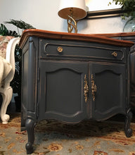 Load image into Gallery viewer, (SOLD) Gorgeous High-End Vintage Thomasville Camille French Country Dresser and Set of 2 Nighstands with Beautiful Details and Hardware!!! BEAUTIES!!!