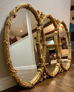 (SOLD) Stunning Vintage Large High-End Bassett French-Victorian Hollywood Regency Triple Mirror in Antique Gold, Beautiful Details!!