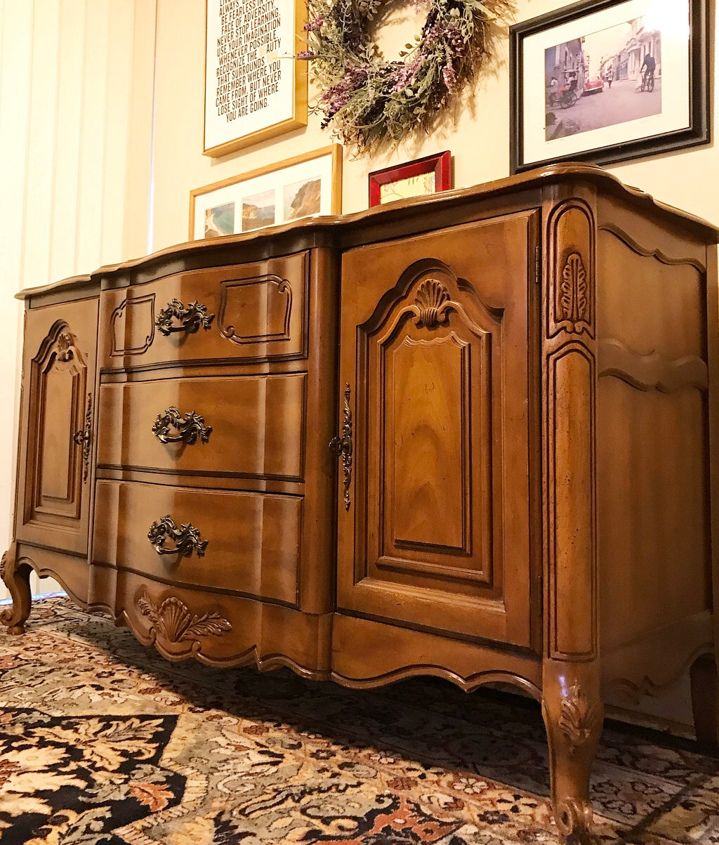 (SOLD) Gorgeous 1950s French Country Buffet/Media/Entryway/Dresser/Console with Beautiful Details and Hardware. This is a Perfect French Country BEAUTY!!!