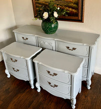 Load image into Gallery viewer, (SOLD) GORGEOUS 3PC High-End Bassett French Country MODERN Bedroom Dresser and 2 Nightstands in Superb Condition. Perfect Modernize Bargain BEAUTIES!!