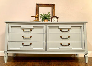 (SOLD) Gorgeous Newly ReDesigned 3PC Mid-Century Modern Bedroom Set Dresser and 2 Nightstands in Excellent Condition!!