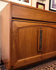 (SOLD) Gorgeous High-End Mid-Century Modern Credenza/Media/Buffet/Entryway by Brown-Saltman Furniture Company!! 66X31X19