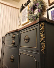 Load image into Gallery viewer, (SOLD) GORGEOUS Vintage Duncan Phyfe inspired Buffet/Entryway/Dresser/Media with Beautiful Details and Hardware!! 63X36X21