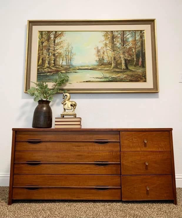 (SOLD) Simply Beautiful High-End Mid Century Modern Hooker Media/Dresser/Lowboy/Console/Entryway/Console in Great Condition. Perfect Versatile MCM for Minimalist and Wood Lover!!