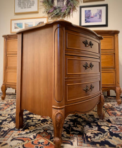 (SOLD) Gorgeous Vintage High-End Dixie 9Drawer French Country Serpentine Dresser and 1 Nightstand/End-Side Table with Beautiful Details and Hardware!!