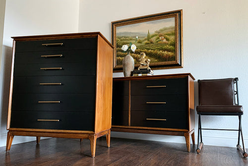 (SOLD) Simply Beautiful 3PC High-End Century Danish Mid Century Modern Dresser, Matching Mirror and Chest of Drawers in Superb Condition. Perfect MCM Piece!!