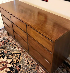 (SOLD) Gorgeous Mid-Century Modern 9Drawer Dresser/Buffet/Media/Entryway in Great Condition!!! Perfect Versatile BEAUTY!! 58X31X18