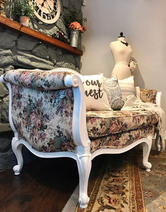 (SOLD) Gorgeous High-End Ethan Allen French-Victorian Settee with Beautiful Floral Design and Excellent Condition!! 72X35X35