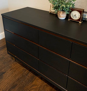(SOLD) Simply Beautiful Mid Century Modern Danish Style 9Drawer Dresser/Media/Entryway/Sofa Table/ Console in Black!!  BEAUTY!!