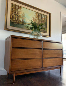 (SOLD) Simply Beautiful 2PC Danish Mid Century Modern 6Drawer Dresser/Media/Entryway/Console/Buffet and matching Mirrror in Great Condition. Perfect MCM for Minimalist and Wood Lover!!!
