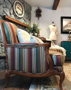 (SOLD) Set of 2 Luxurious Henredon French Country Oversized Accent Chairs in Excellent Condition. Heavy Duty High-End BEAUTIES!