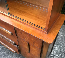 Load image into Gallery viewer, (SOLD) STUNNING High-End Stanley Mid-Century Modern Hutch/China/Display/Bookcase Cabinet!! 66H 54W 19D