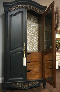 (SOLD) Gorgeous Vintage French Country Armoire/Dresser/Media/Storage/Entryway with Beautiful Details!!