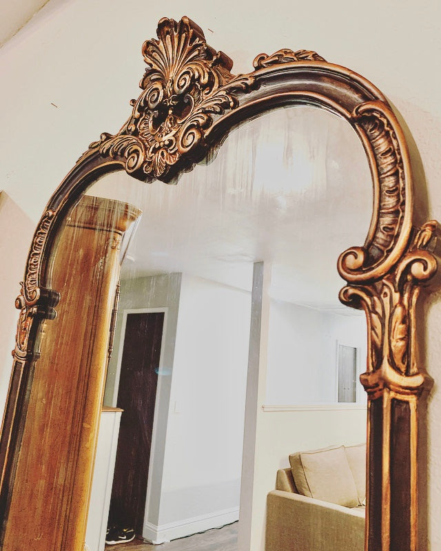 (SOLD) Stunning 1930s Large French-Victorian Decorative Antique Glass Mirror with Gorgeous Details and Excellent Condition!!