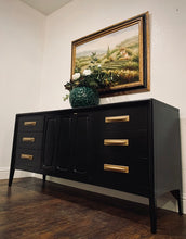 Load image into Gallery viewer, (SOLD) Simply Beautiful High-End Broyhill Premier 3PC Danish Mid Century Modern Bedroom Set in Superb Condition. Perfect MCM for Minimalist indeed!!