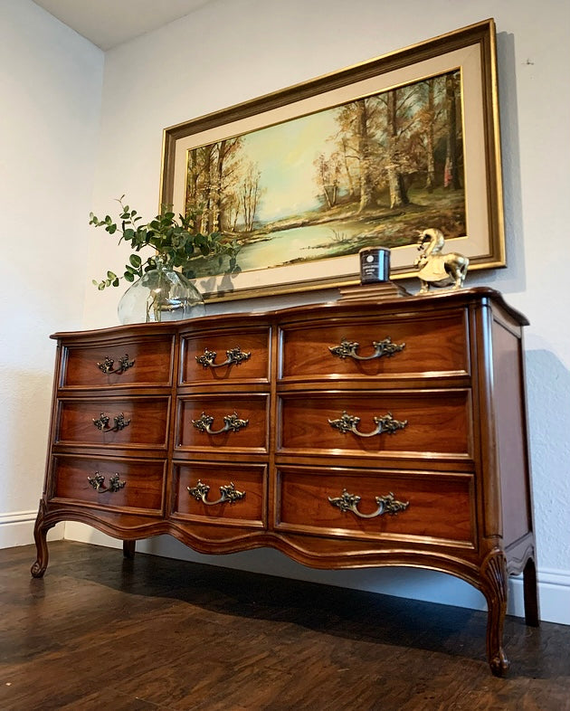 (SOLD) STUNNING 4PC High-End Dixie French Country Modern Queen Anne Style Dresser, Chest of Drawers and 2 Nightstands. They are Perfect Must Have French Modern Beauties!!