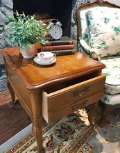 Load image into Gallery viewer, (SOLD) Gorgeous Set of Vintage French Country Side/End Tables/Nightstands in Excellent Condition!!
