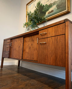 (SOLD) Simply Beautiful Mid Century Modern Entryway/Media/Credenza/Storage/Sofa Table. This is a Must-Have Versatile MCM BEAUTY for Minimalist and Wood Lover indeed!!
