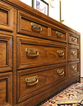 Load image into Gallery viewer, (SOLD) Gorgeous Vintage High-End Thomasville Preferred Edition Mid-Century Dresser/Media/Credenza/Entryway in Excellent Condition!! 67X31X18