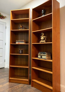 (SOLD) Simply Beautiful Mid Century Bookcases in Superb Condition!! Perfect Display MCM Pieces any room in your Nest!!