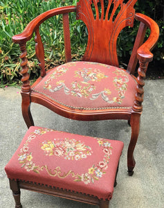 (SOLD) Gorgeous Antique 1920s Decorative/Accent Chair with Spindel Arm Rest and matching Footstool. Beautifully Constructed and Solid Mahagony Wood. All Original!!!