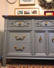 Load image into Gallery viewer, (SOLD) Gorgeous Vintage High-End American of Martinsville Dresser/Buffet/Media/Entryway with Beautiful Details!!!78X32X20