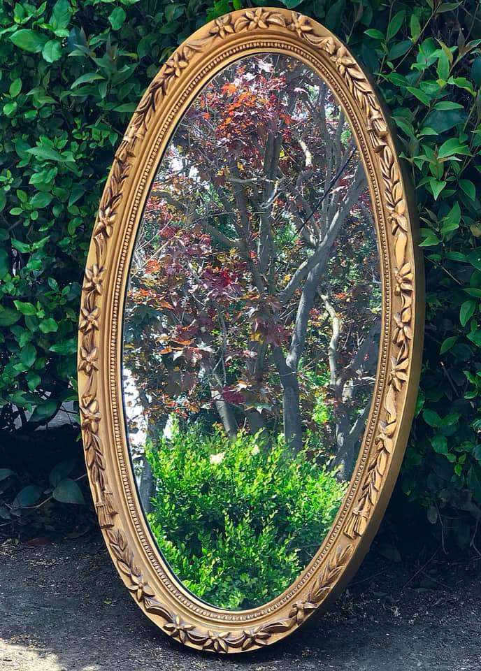 (SOLD) Gorgeous Modern French Country Decorative Mirror in Excellent Condition. Perfect French Decor as-is!! 40X22