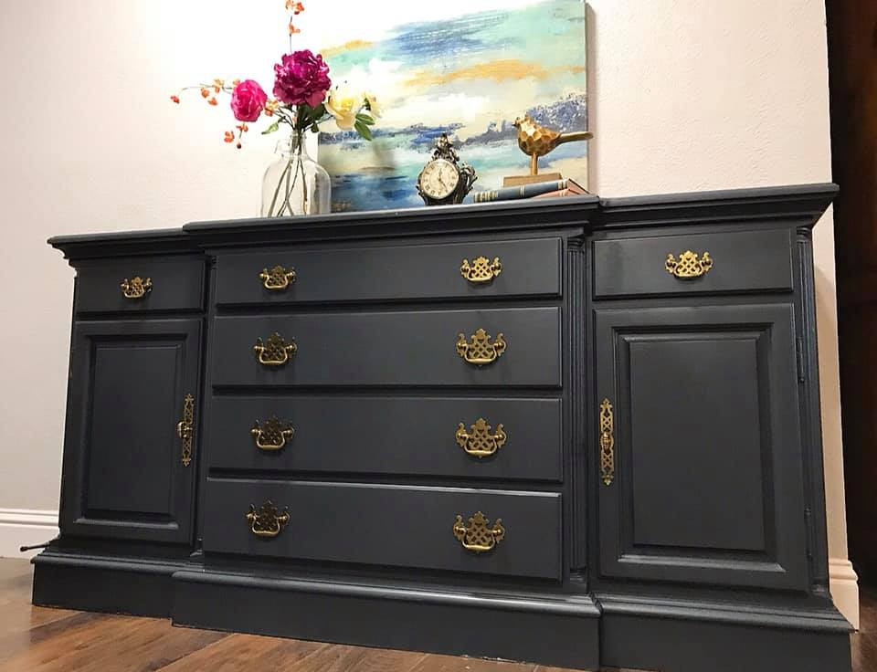 (SOLD) Gorgeous Buffet-Dresser-Media-Entryway in Excellent Condition!!! 63X32X19
