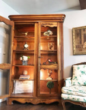 Load image into Gallery viewer, (SOLD) GORGEOUS Vintage French Country Display Cabinet/China/Dresser/Bookcase/Storage!!! 80X50X20