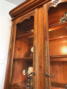 (SOLD) GORGEOUS Vintage French Country Display Cabinet/China/Dresser/Bookcase/Storage!!! 80X50X20