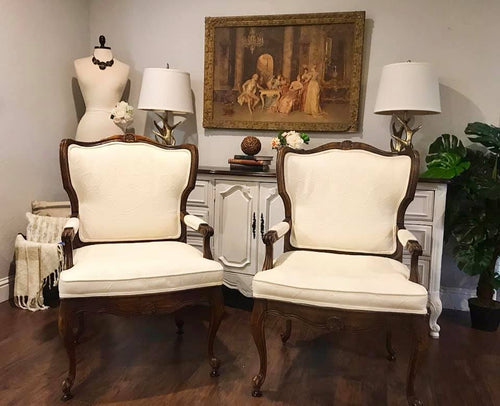 (SOLD) GORGEOUS Vintage 1950s French-Victorian Accent Chairs.