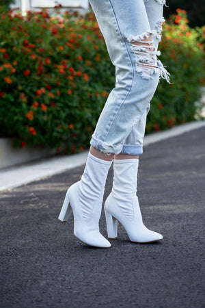 MARY Bootie in White Leather - Allegra James