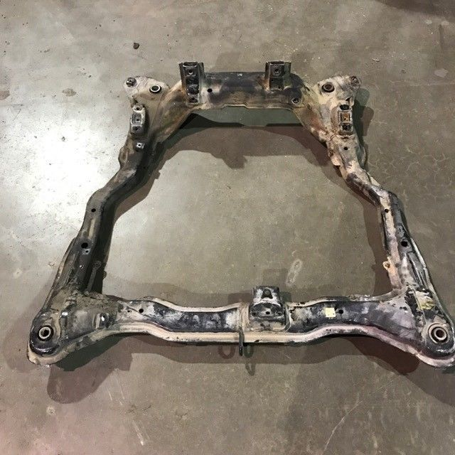 2003-2006 Hyundai Tiburon Front Subframe Suspension 03 04 05 Crossmember Cradle