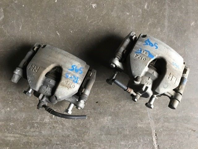 2007-2008 Infiniti G35 Sport Front Brake Calipers Front Left Right Pair Pair Set